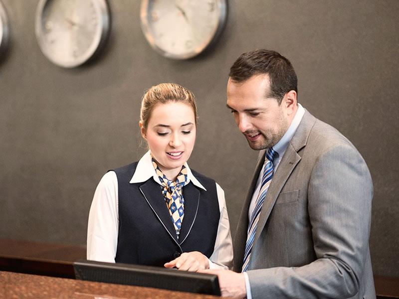 Curso de Administración Hotelera